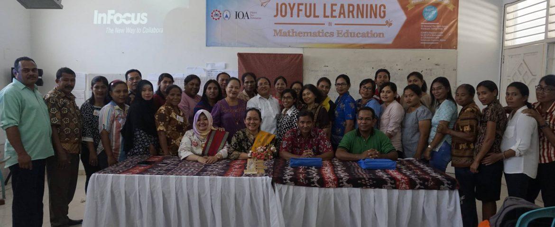 PELATIHAN JOYFUL LEARNING IN MATH DI SUMBA TIMUR, 21-25 AGUSTUS 2017